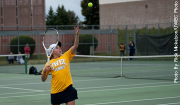 Women's Tennis Wins Second in a Row in South Carolina