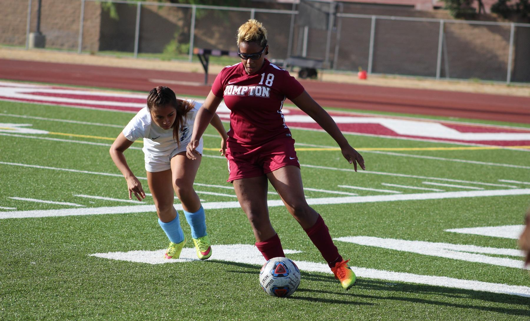 Women's Soccer Falls on Late Goal