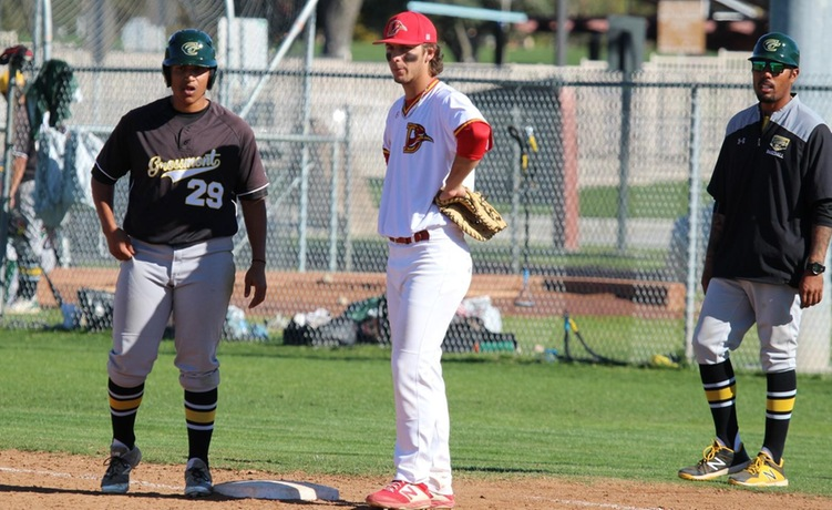 COD Baseball falls in heartbreaking loss to the Griffins, 8-6