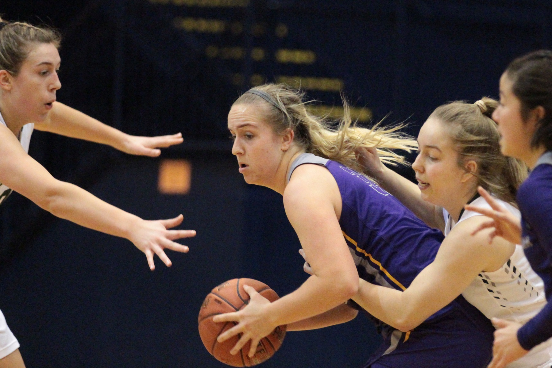 Regals Fall to Babson's Big Second Half