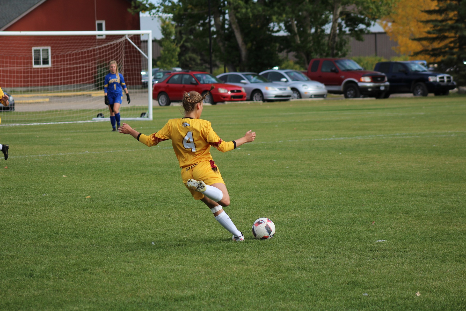 Hallock keeps game close as Broncos win streak ends