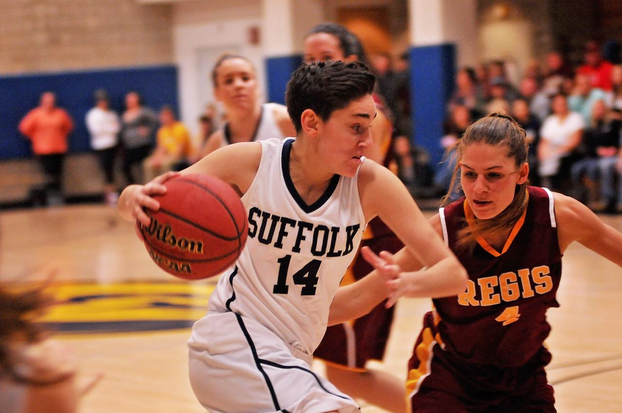 Springfield Holds Off Women's Basketball, 74-71