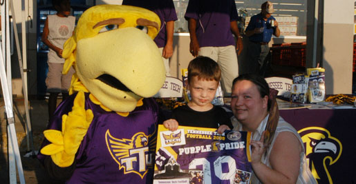 Final Purple Pride Caravan signals kickoff is just hours away