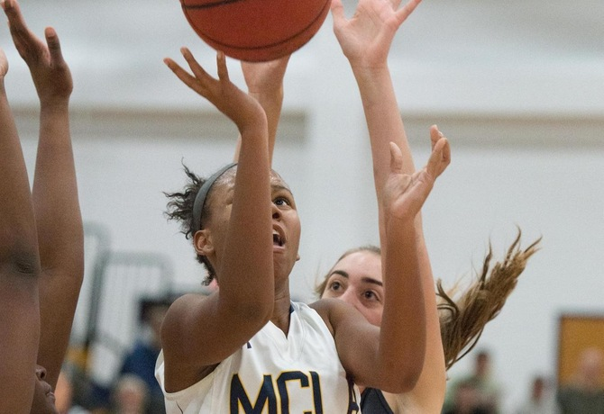 Women's Hoop drops home game to Lancers 63-52
