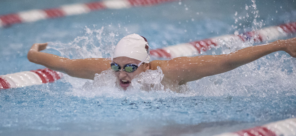 Middlebury Edges Women's Swimming and Diving, 132-111
