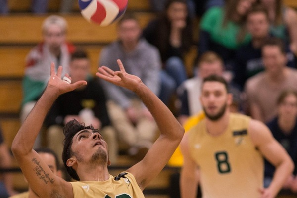Men's Volleyball Picks Up Two Wins Over EMU