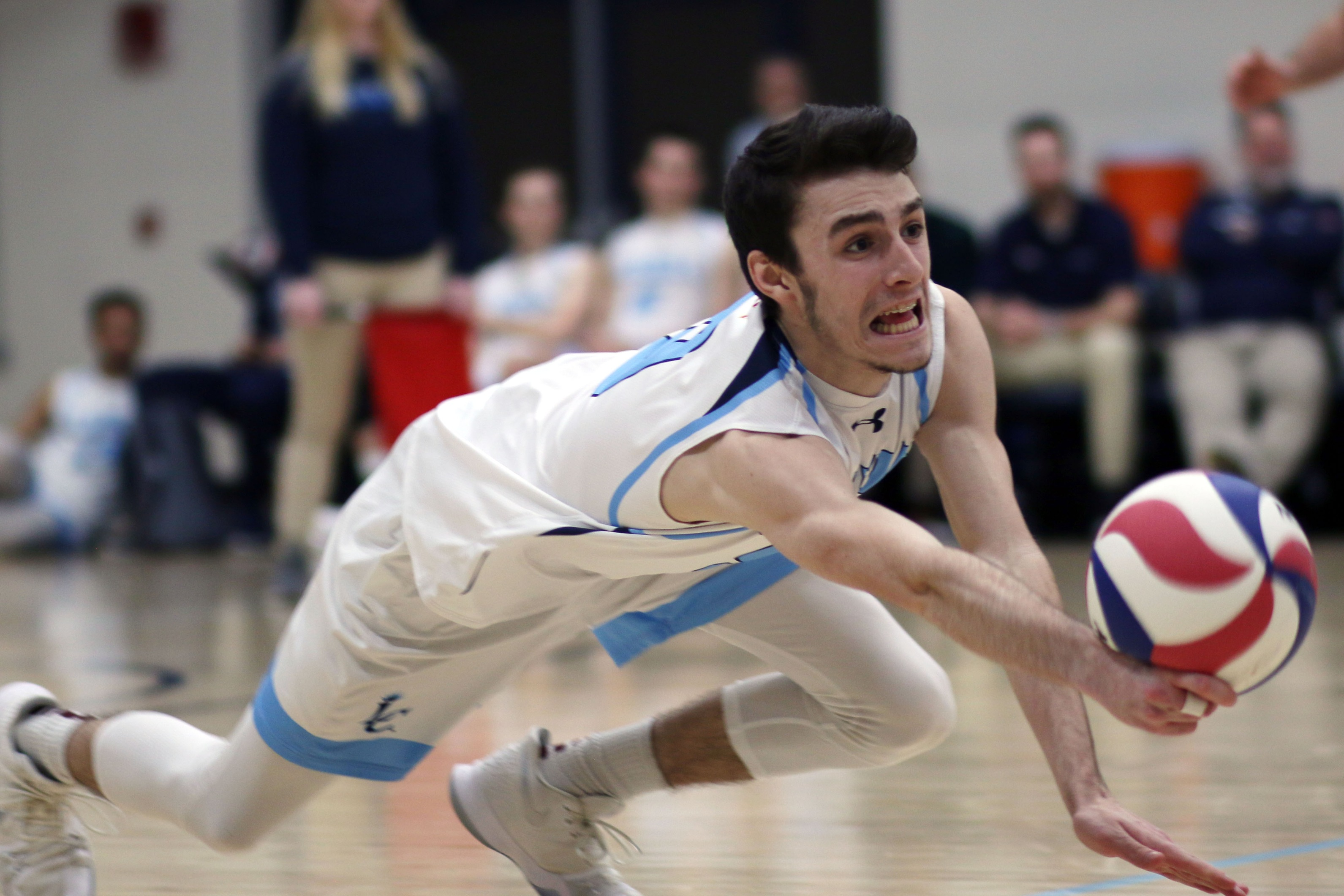 Lasell Men's Volleyball sweeps Eastern Nazarene