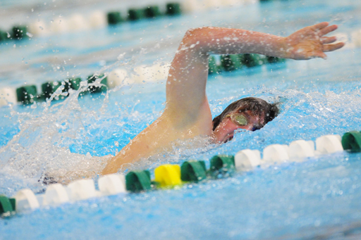 Richter Swims Fastest 1000 Free in School History