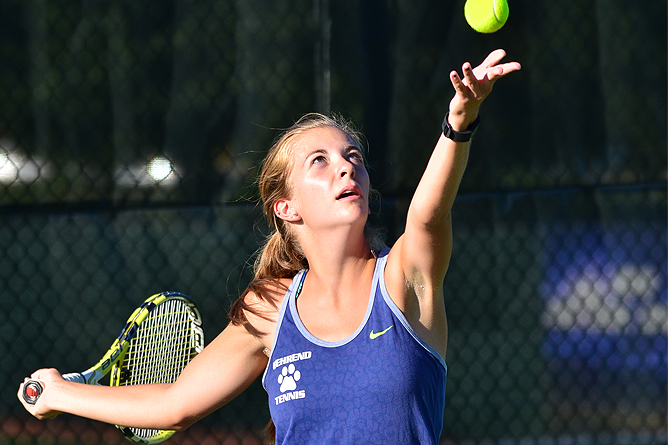Tennis Falls to Geneva