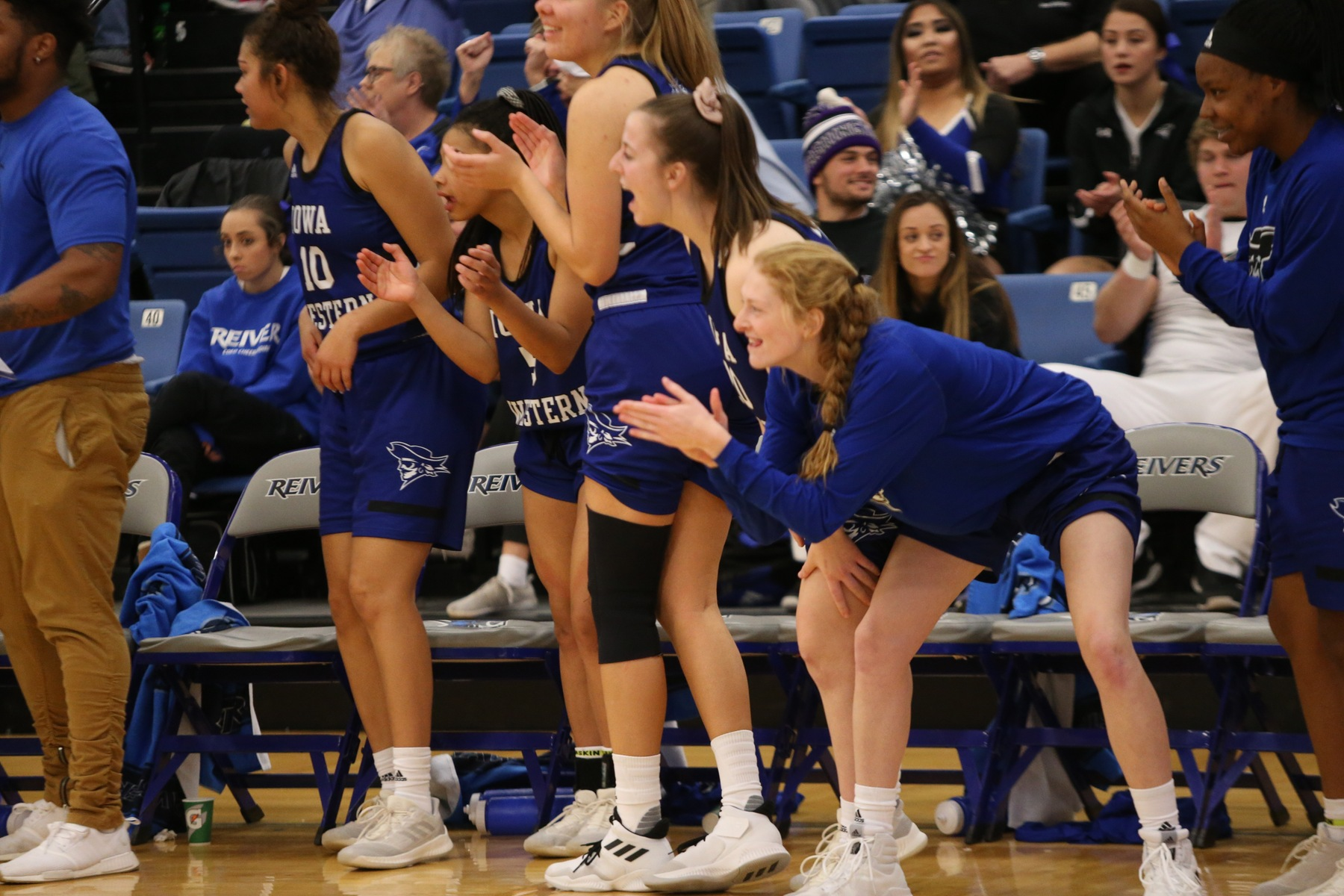 Reivers defend home court in convincing win