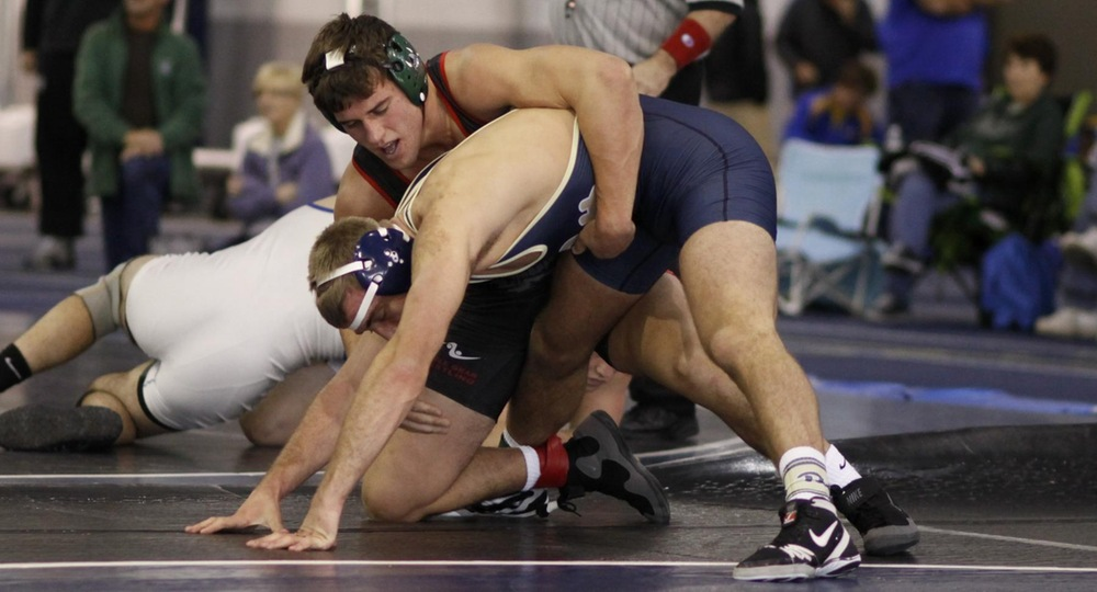 Kelbly Takes First, Eight Vikings Place at EMU Open