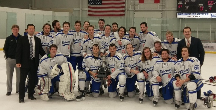 Men's Hockey silences Bethel, retains Thanksgiving Cup