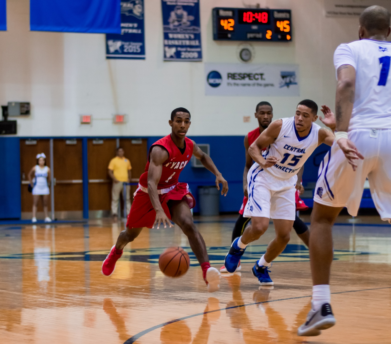 Men's Basketball Defeated by Caldwell at Home