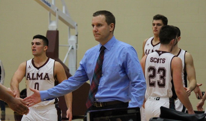 Hargraves Resigns as Head Men's Basketball Coach