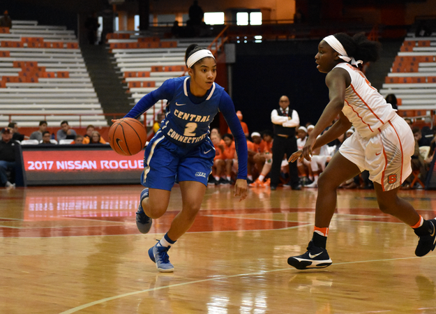 Goode Nets Career-High, Women's Basketball Topped by ACC Opponent, Syracuse