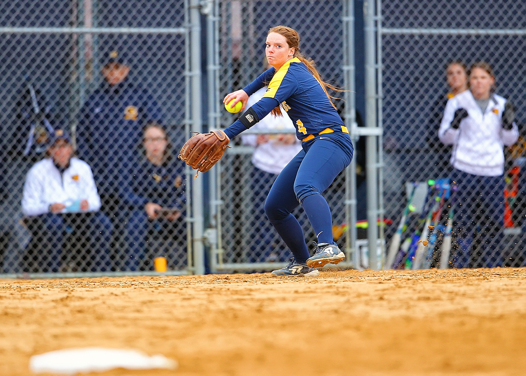 Blugolds and Green Knights Softball split doubleheader