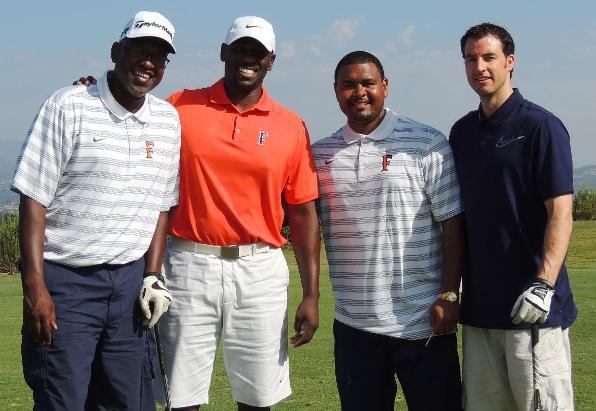 Titans Enjoy Day on the Links