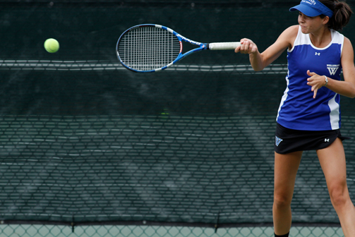 Wellesley Tennis Tops Nationally-Ranked Bates College