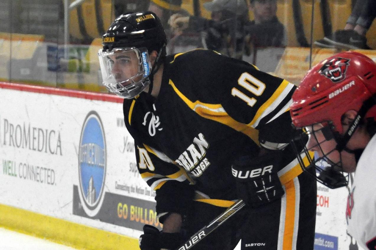 Adrian ACHA Division III Black Blitzes Indiana-Purdue Ft. Wayne at Home, 8-1