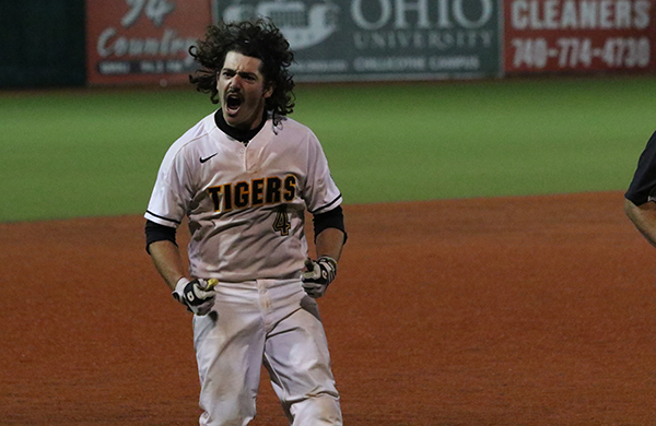 Wade Hits Walk-Off Winner in NCAC Tournament Opener