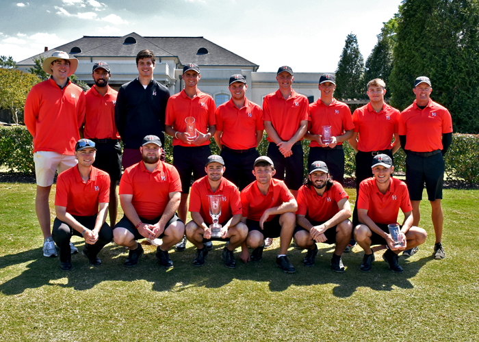 The Huntingdon varsity golf team won the Wynlakes Intercollegiate and the B-Team finished fourth.