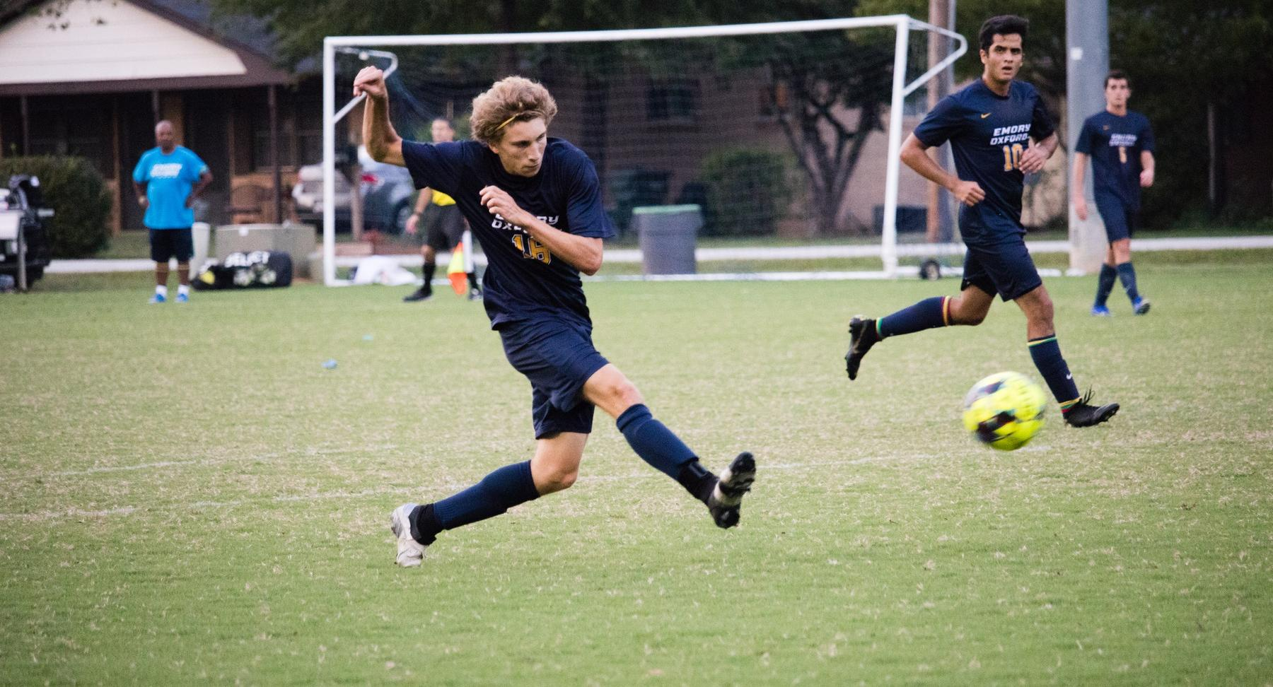 Men's Soccer Stay Undefeated; Blanks USC Union 3-0