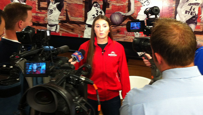 Complete Coverage of @YSUWomensHoops Media Day
