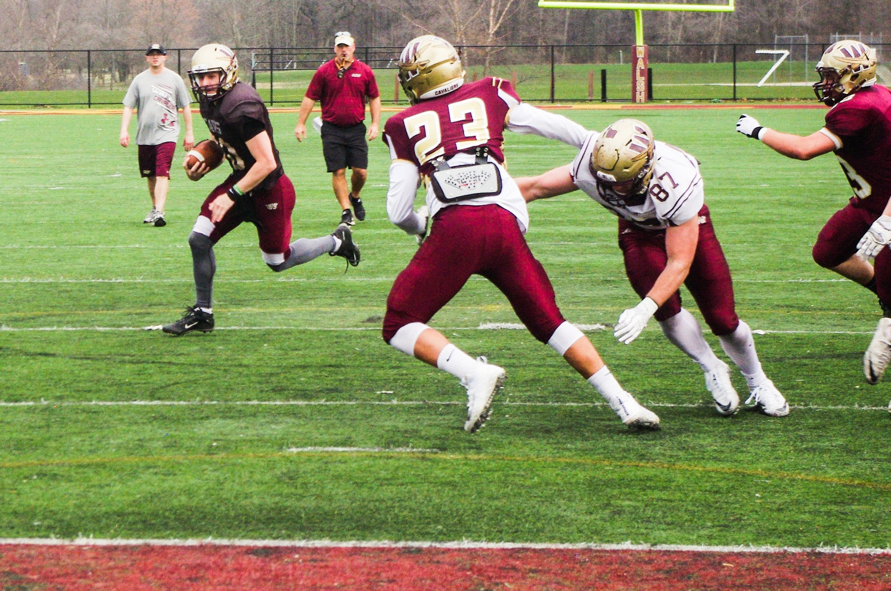 Gold Edges Maroon In Spring Game 29-27