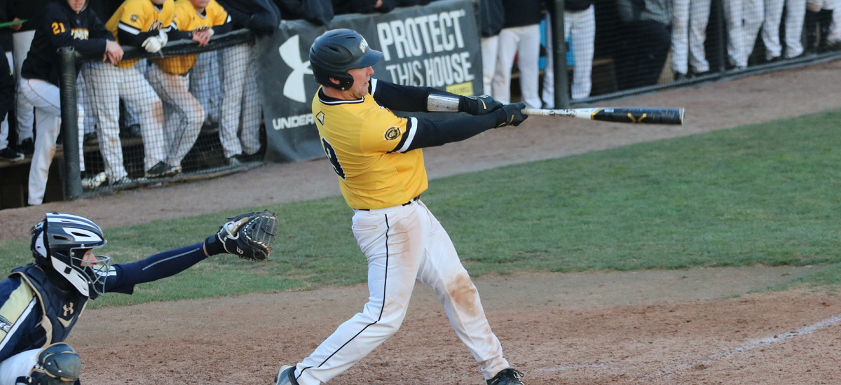 Retrievers Power Past Hartford, 9-5 on Sunday