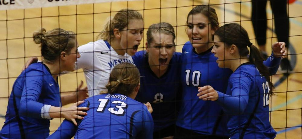 DWU volleyball to host three camps
