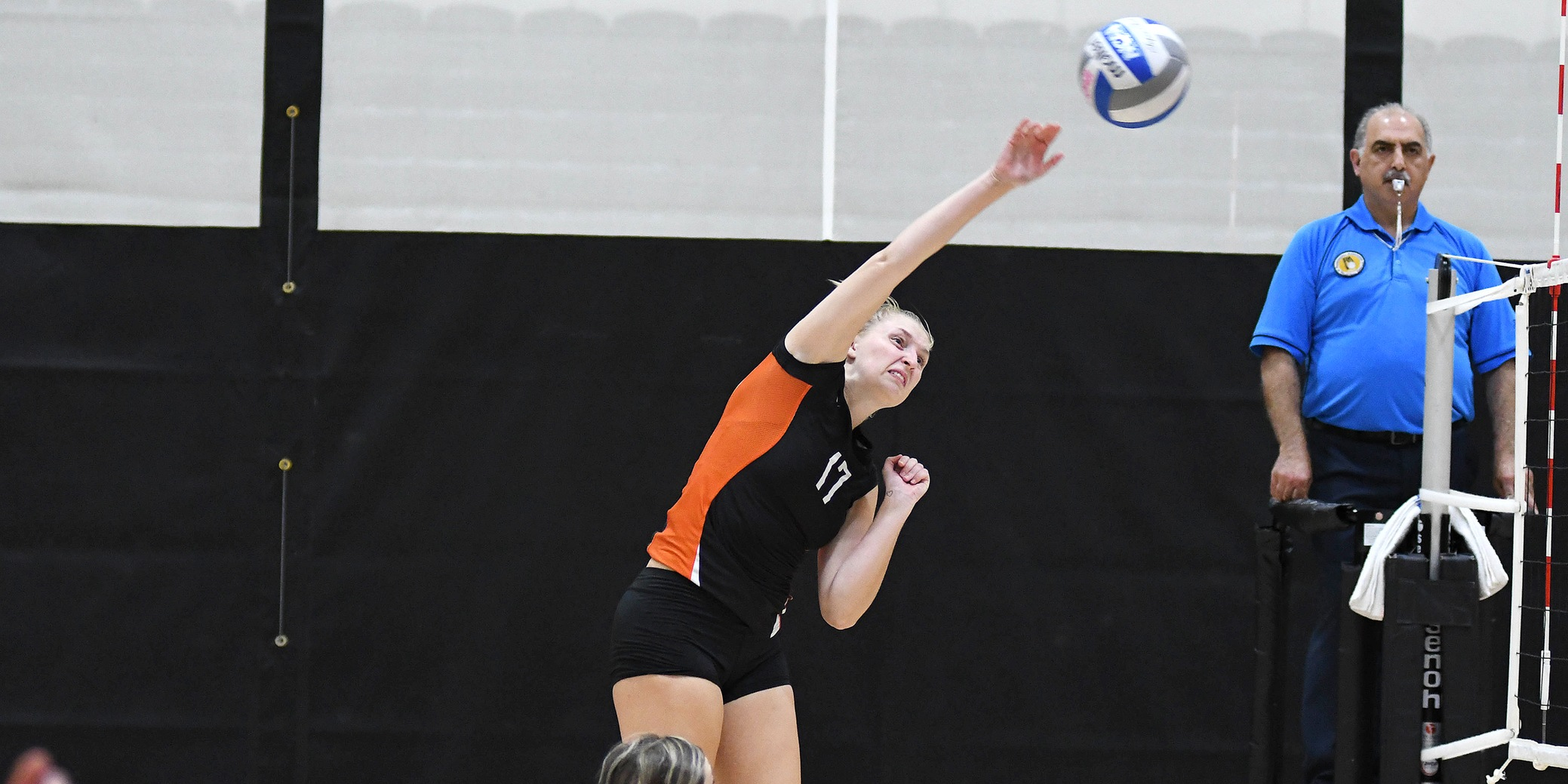 Lewis & Clark sweeps the weekend, starts 4-0
