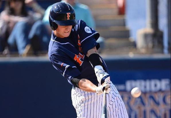 Titans Edge UCLA to Sweep Season Series