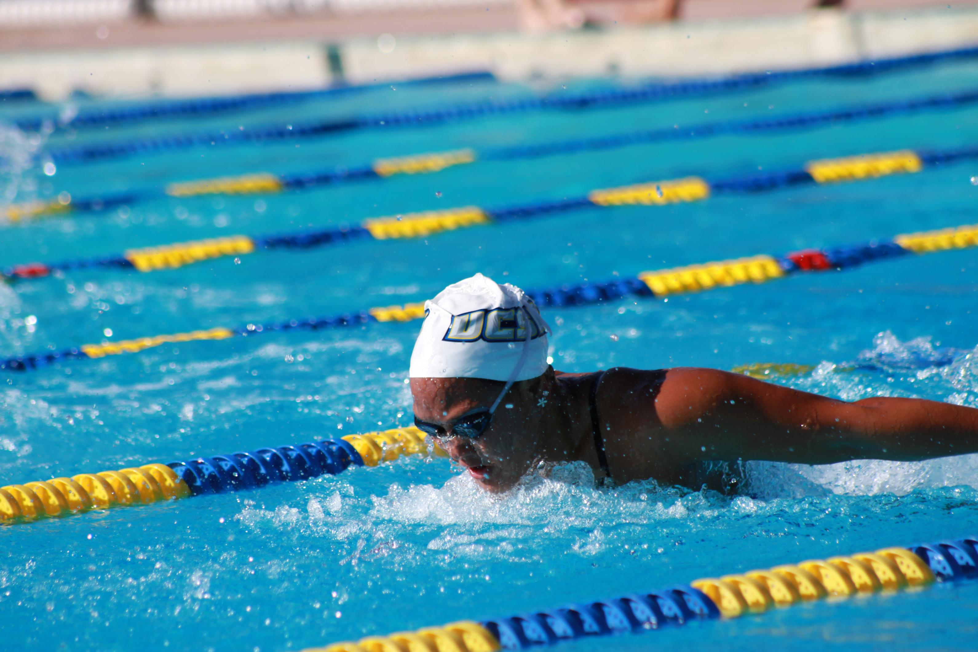 Swimmers Face Mid-Season Test at Las Vegas Invitational