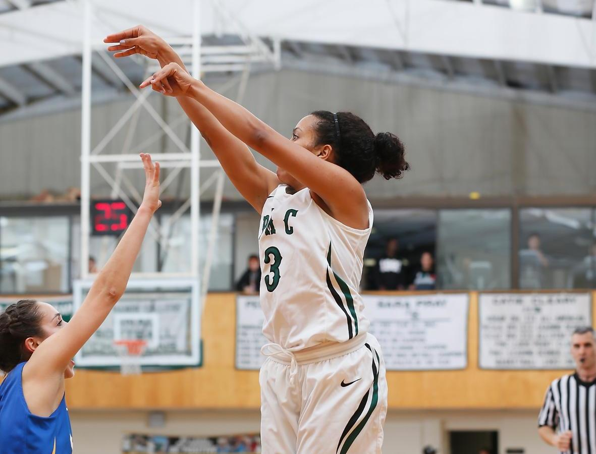 Lady Gators lose heart-breaker at Simmons College