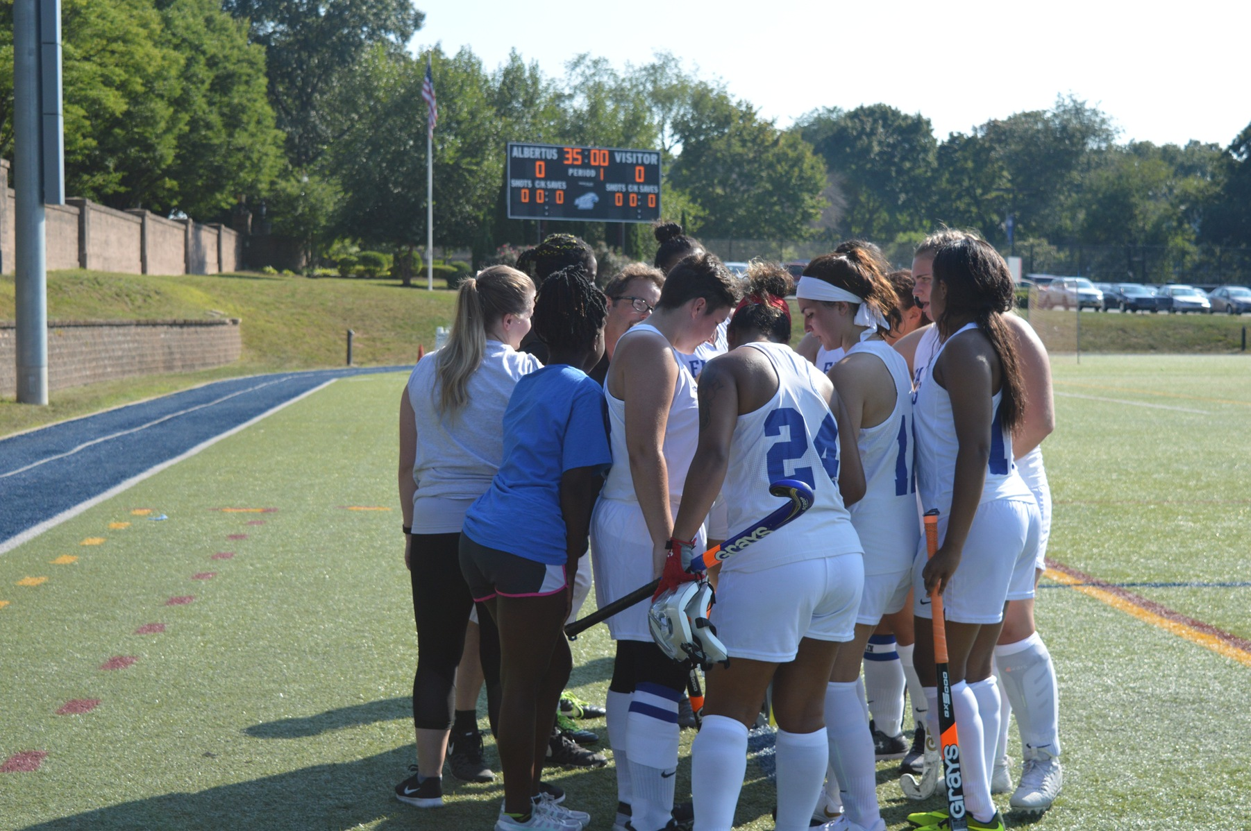 Field Hockey Blanked by Sweet Briar in Non-Conference Play