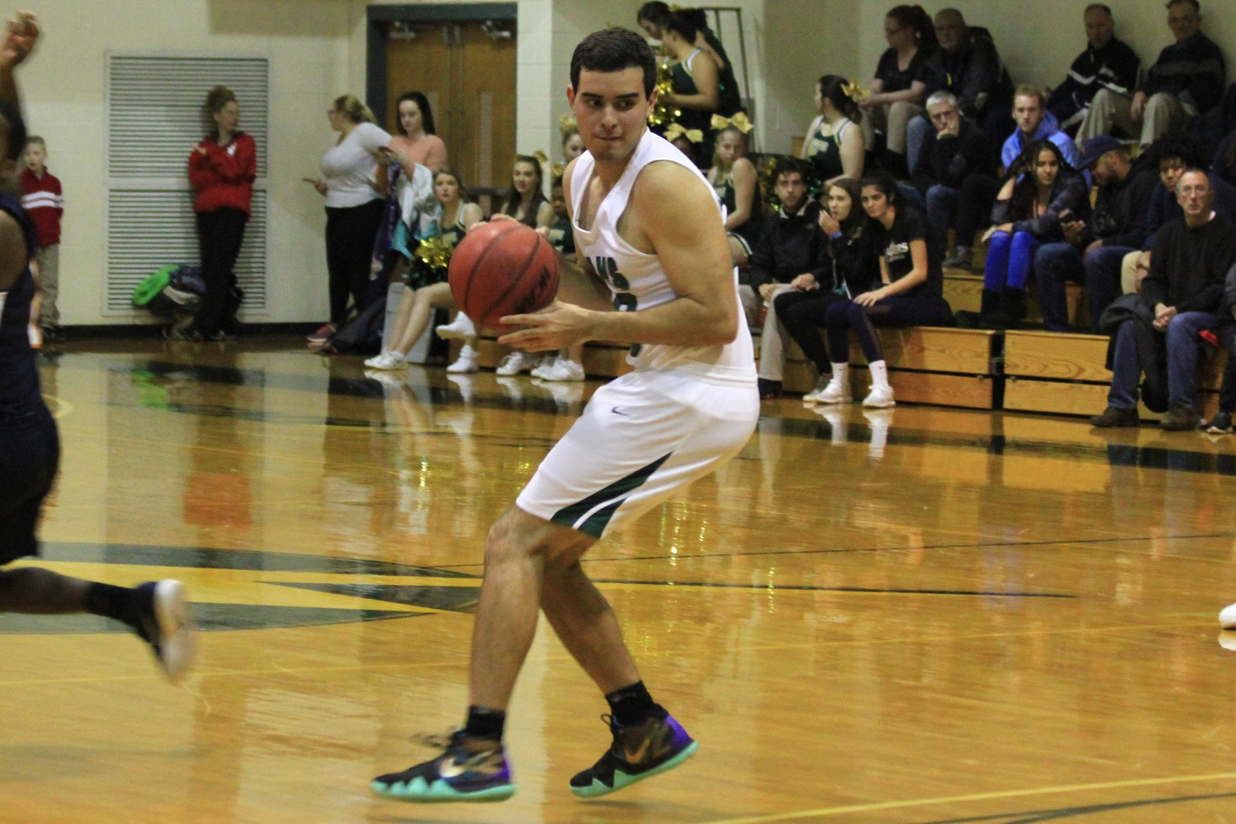 Slow Second Half Costs Men's Hoops At Fitchburg State