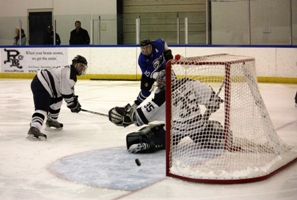 Lawrence skaters rally to defeat CUW men 5-4