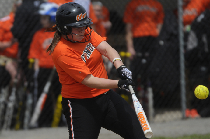 Oilers Dominate Pioneers In Doubleheader Sweep