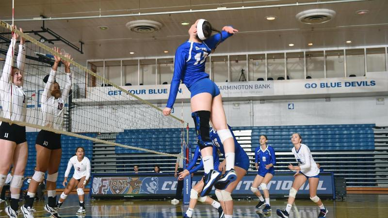 Volleyball Falls to Robert Morris, 3-1, on Saturday