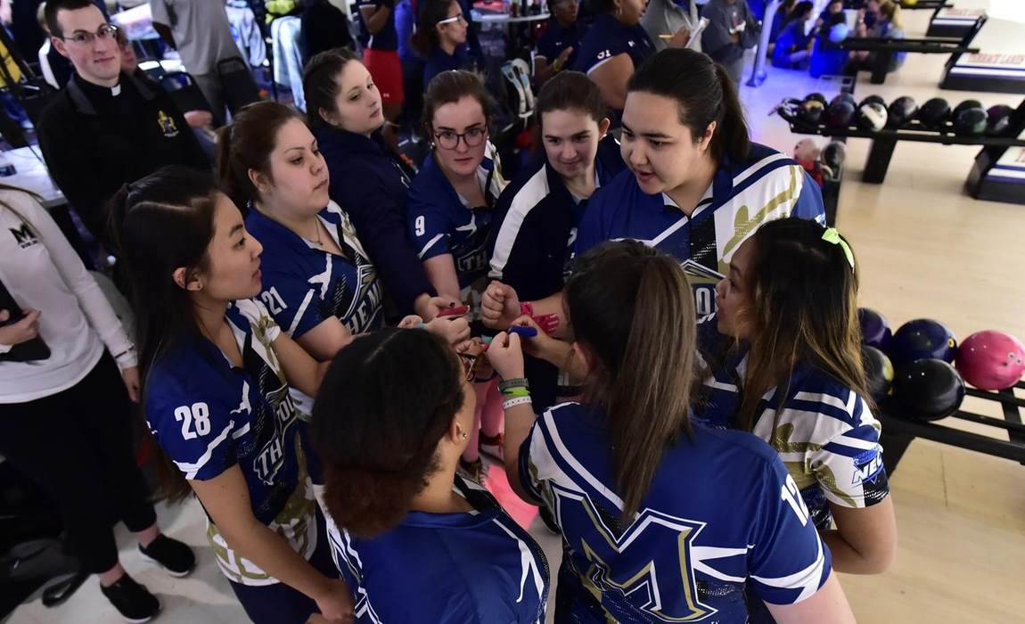 Up and Down Day as Bowling holds steady at Mount Shootout