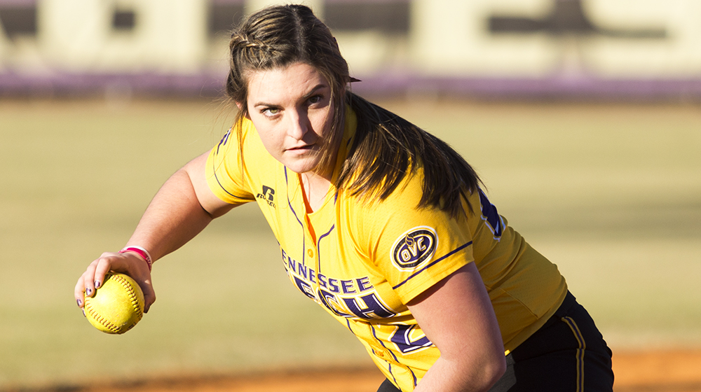 Tech softball falls in doubleheader at Austin Peay