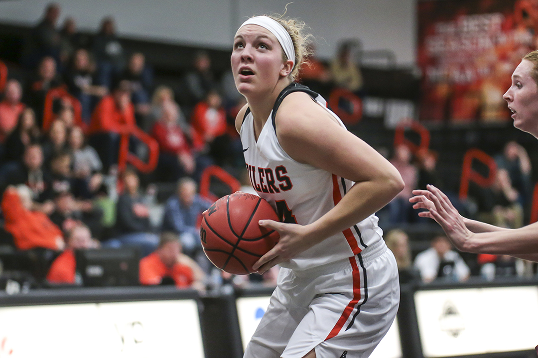 Oilers Win 7th Straight | Beat Malone 53-47