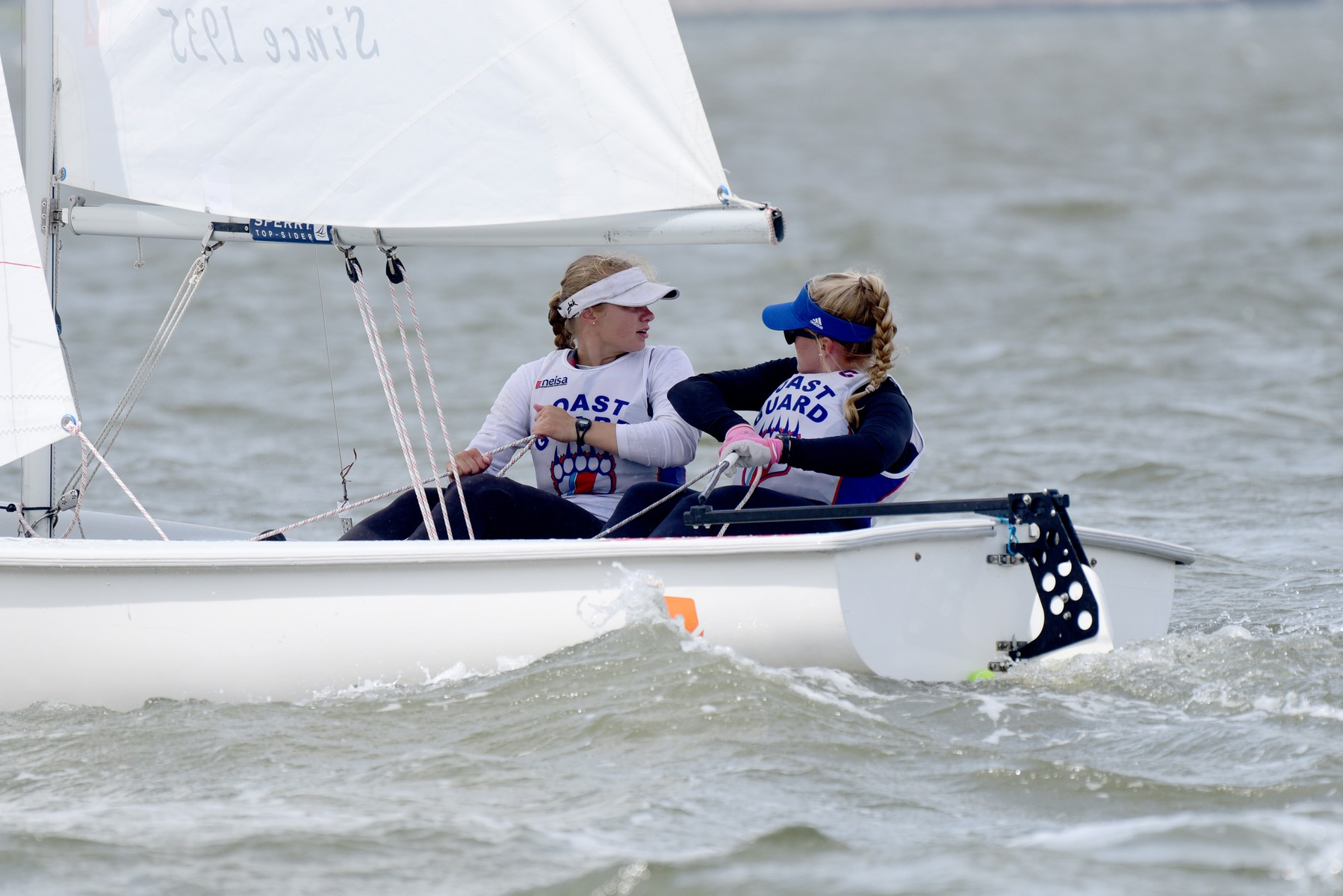 Women's Sailing Second at Stu Nelson Trophy