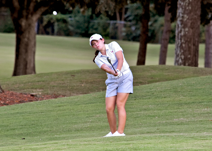 Lady Hawks tied for 6th after Rd. 1 of Golfweek DIII Invitational