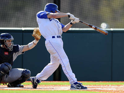 Wells Delivers RBI Triple in 17th Inning as Baseball Tops Yale 2-1