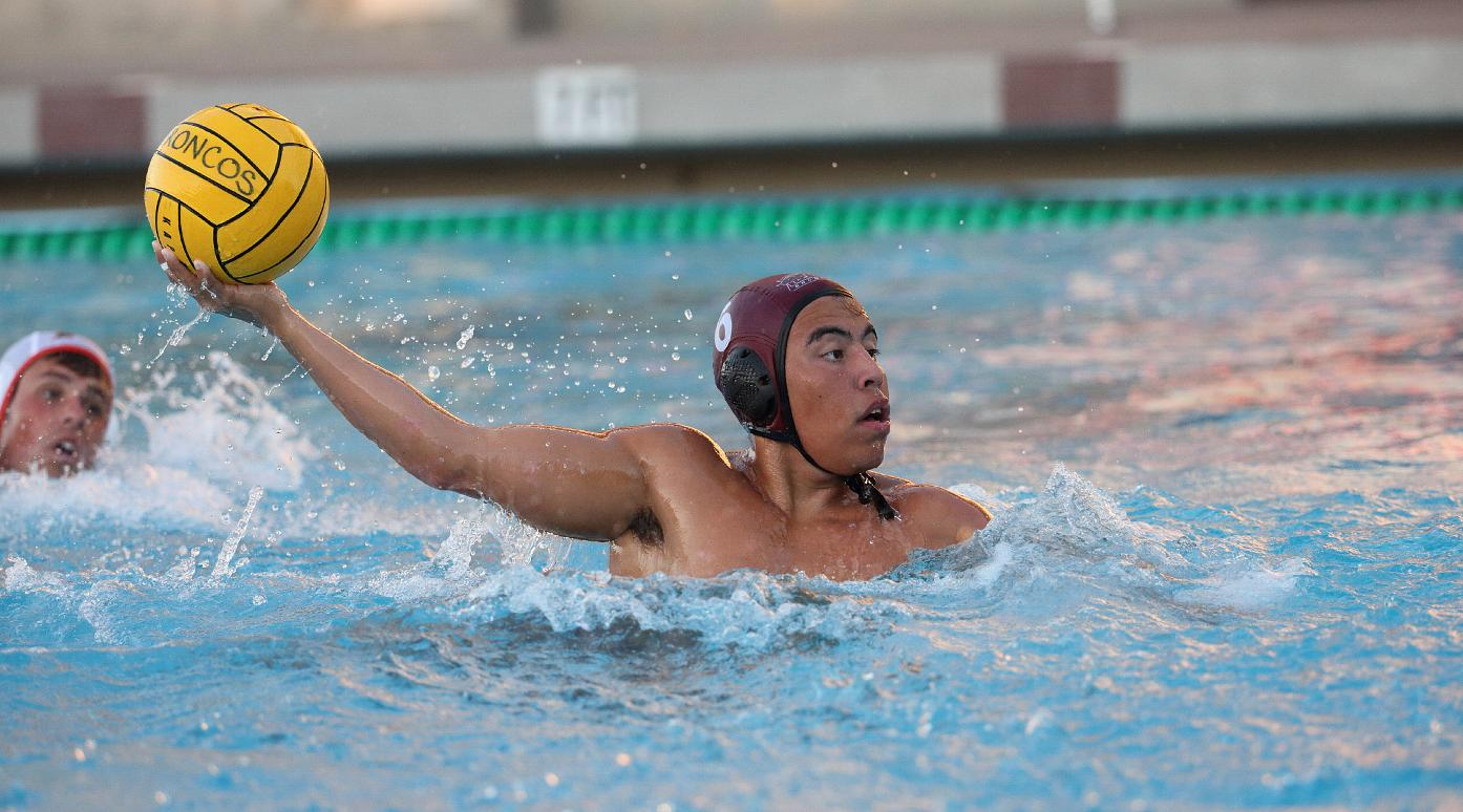 Men's Water Polo Splits on Saturday at the Aggie Roundup