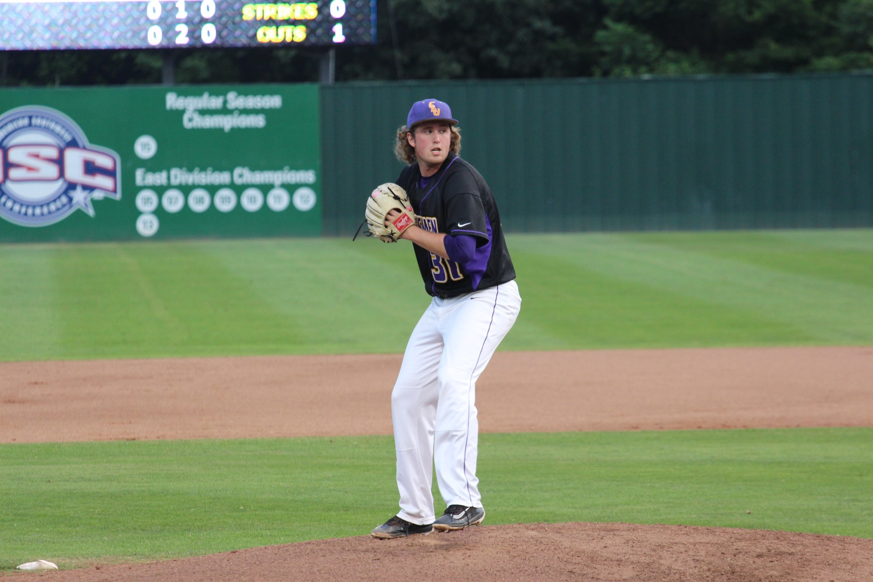 Kingsmen Fall to Wildcats on Opening Day