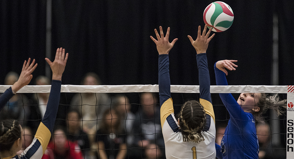 HAWKS DROP 5-SET THRILLER TO HOST CAMOSUN