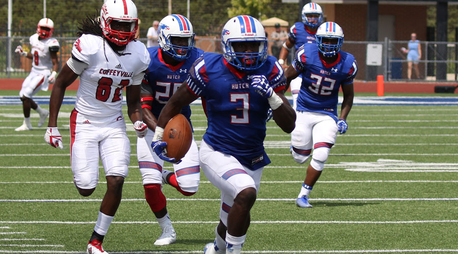 Jerry Jacobs and the Blue Dragon Football Team takes on Eastern Arizona College in the ninth-annual Salt City Bowl at 1 p.m. on Saturday at Gowans Stadium. (Joel Powers/Blue Dragon Sports Information)