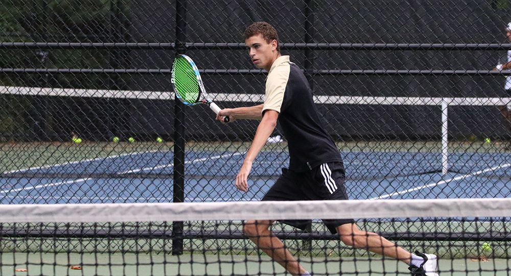 Men's tennis wraps up weekend with 7-0 win over Quinnipiac